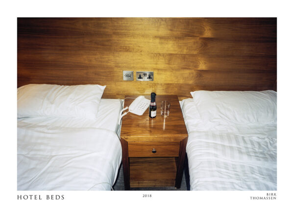hotel beds room